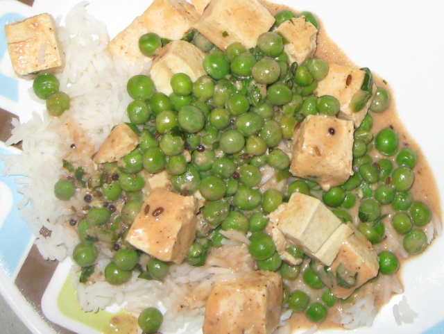 Indian Spiced Peas and Tofu