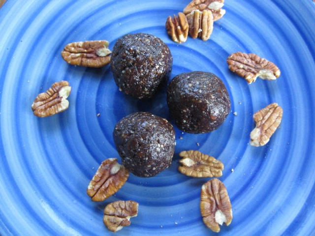Chocolate Pecan Pie Bites