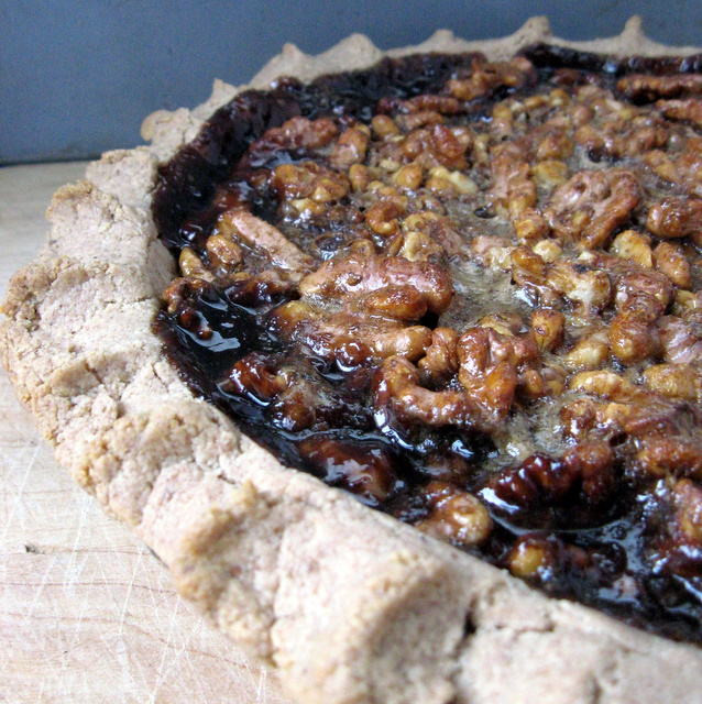 Delicious Walnut Pie