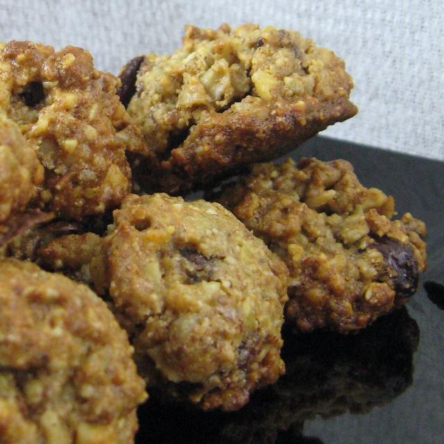 Grain-Free Granola Balls - Bite-size Bliss