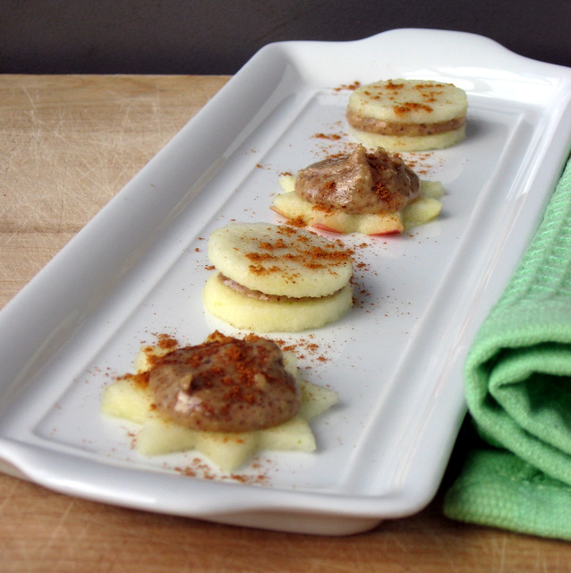 Simplicity Itself: Apple Almond Sandwich Bites