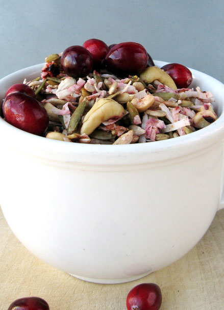 Raw Cran-Apple Granola