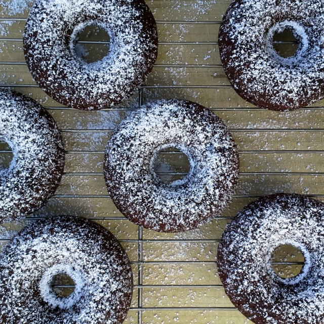Gum-free Chocolate Donuts